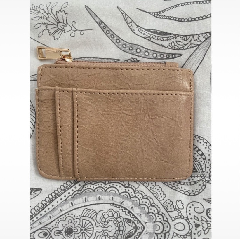 Nude/pink coin/card purse