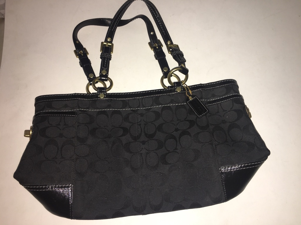 Coach Authentic Signature Black Gallery Tote