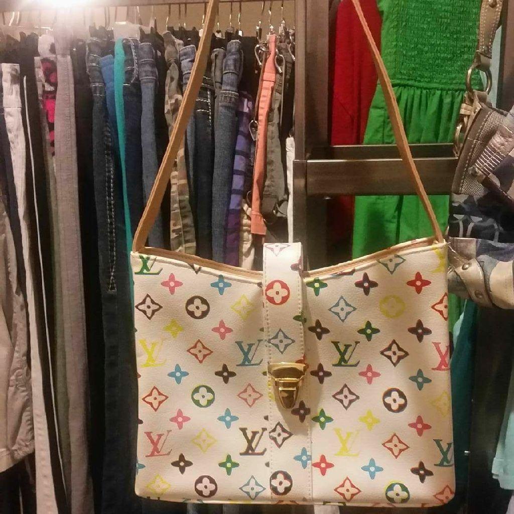 Cute brand new purse