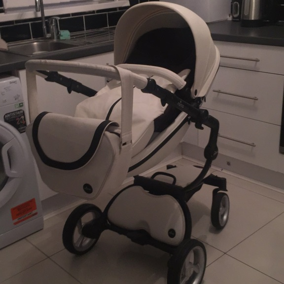 Baby's pushchair