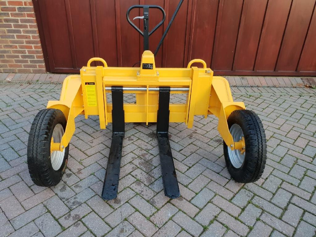1.2 Tonne rough/ terrain pallet truck