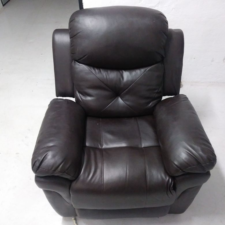 Motorized massage and heat recliner