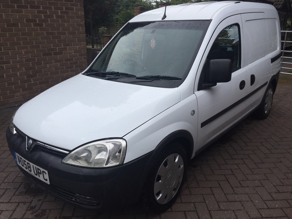 **SOLD** 2008 Vauxhall Combo 5 seat crew van 1.3cdti