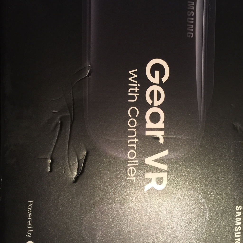 Samsung Gear VR with Controller.