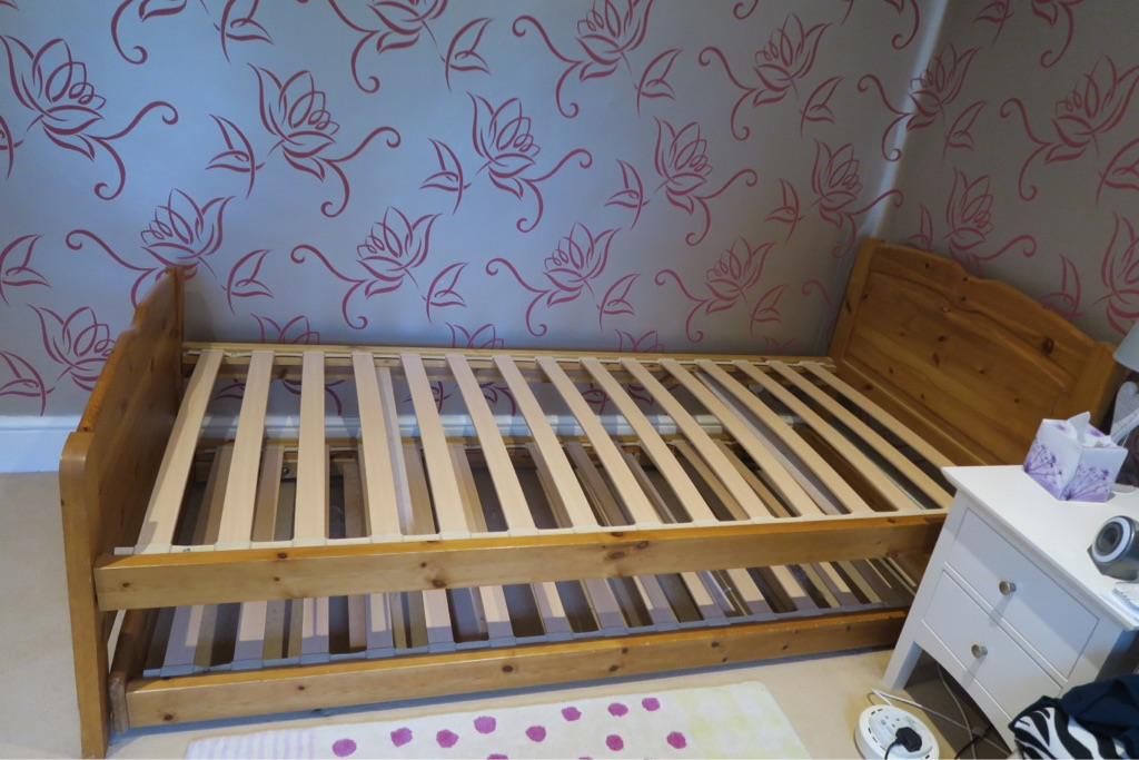 Quality Wooden Bed Frame with Pop Up Spare Bed