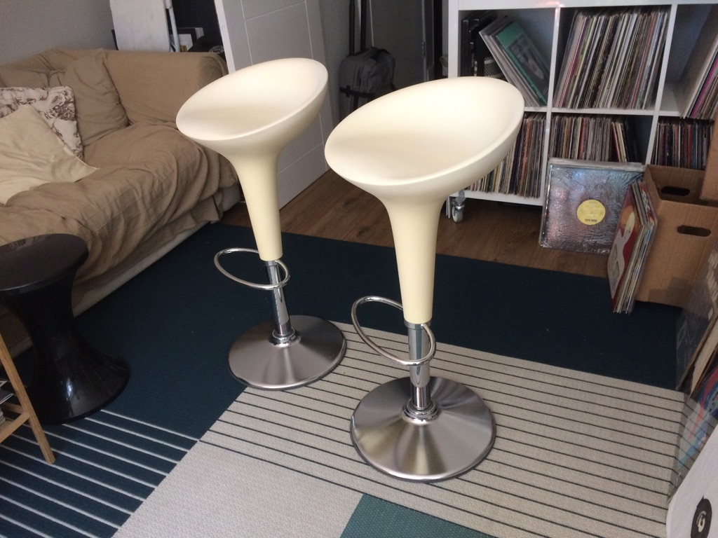 2 X MAGIS Bombo Stools Matt White - Stefano Giovannoni design - great conditions!