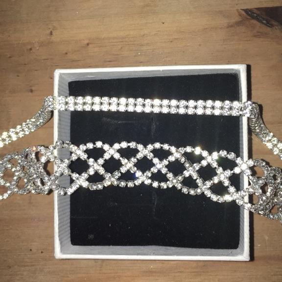 2 diamanté chokers