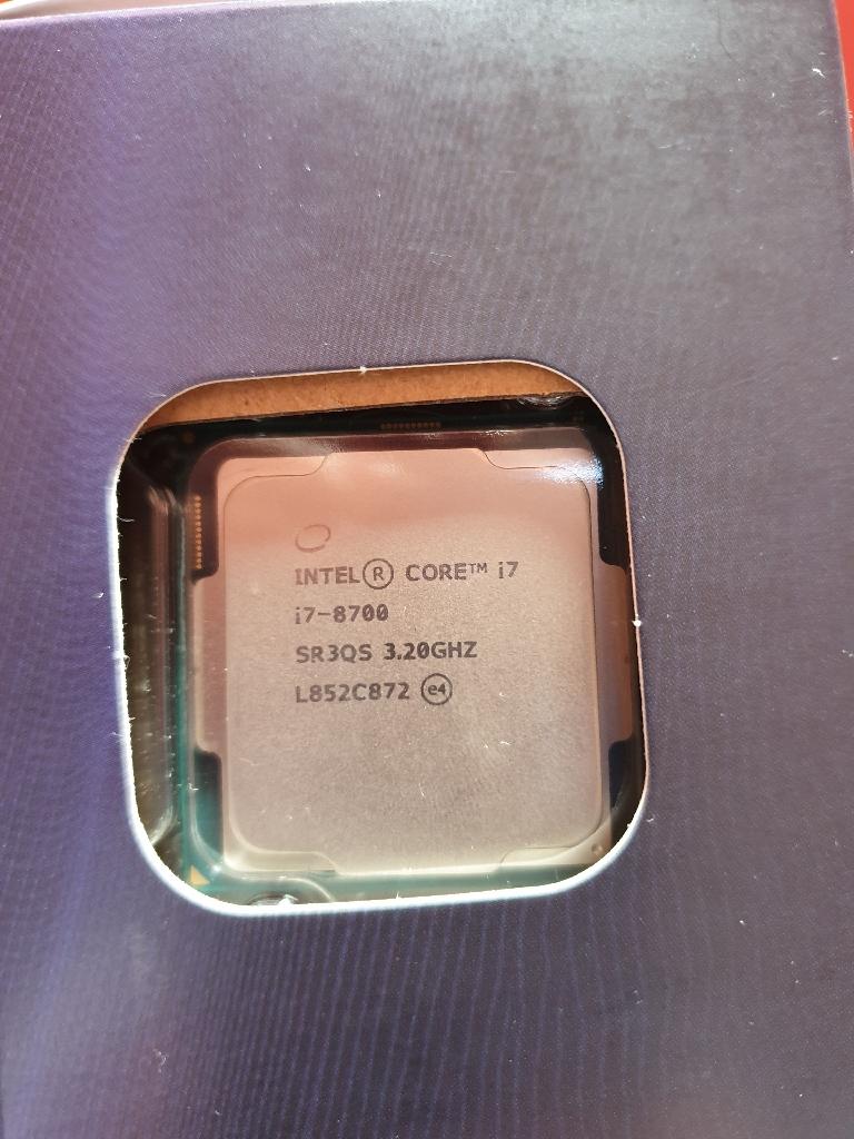 Brand New i7 8700 3.2 Ghz CPU + 16GB RAM DDR4