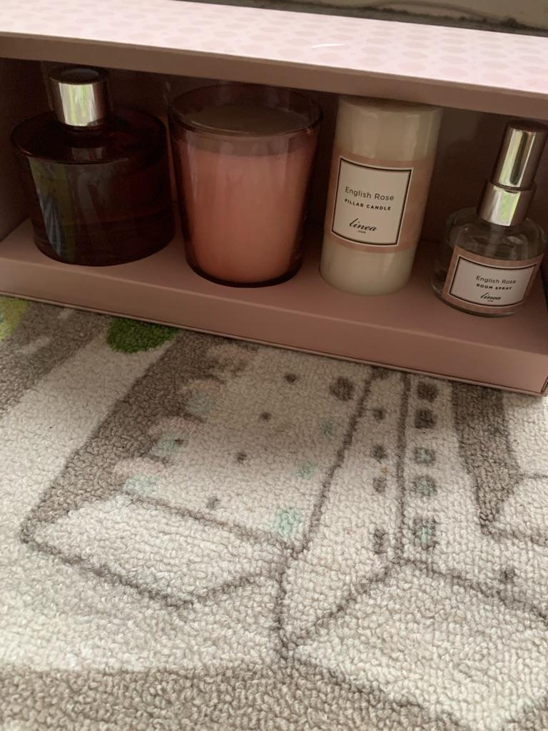 Linea English Rose Luxury Gift Set