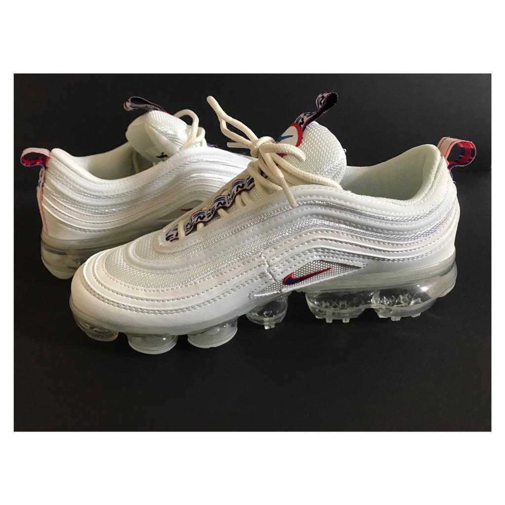 low priced 6082c 5f6c8 Nike Air Vapormax 97 white UK 5.5