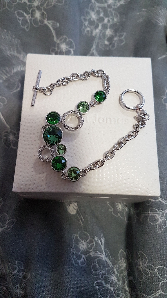 Warren James bracelet and box