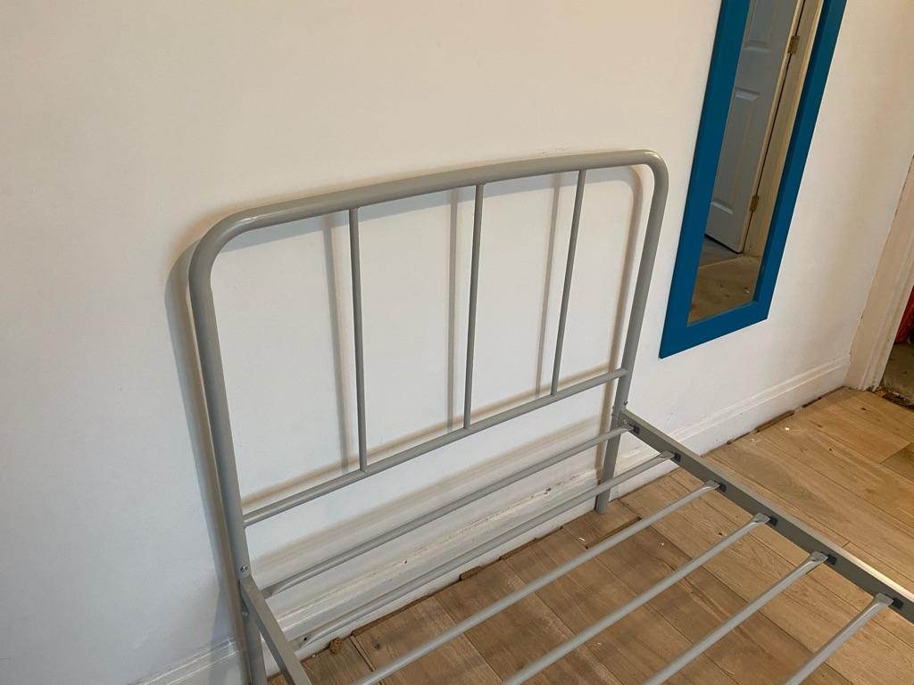 Minimalist Single Metal Bed in Grey
