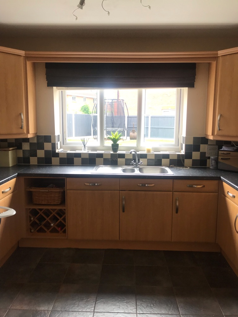 Full kitchen needs gone ASAP