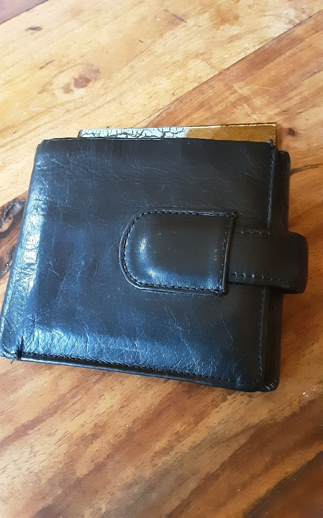 NEXT MENS REAL LEATHER WALLET IN GOOD CONDITION (REDUCED)