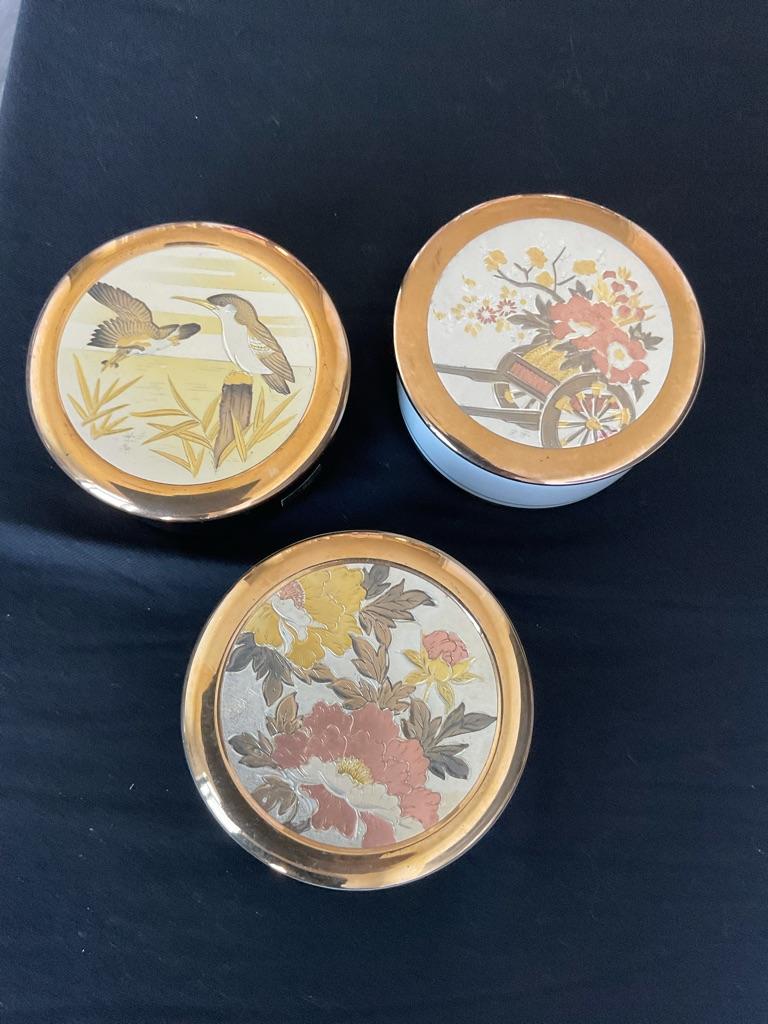 Porcelain rings bowls