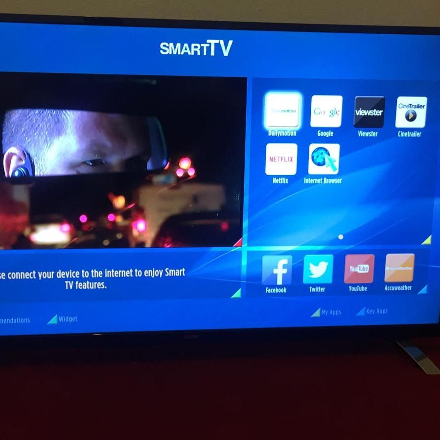 55'' Luxor Smart TV