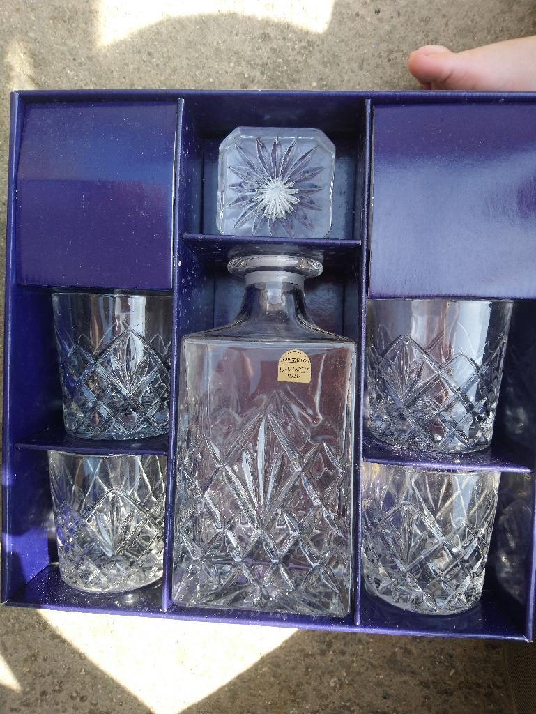 Italian cut crystal whisky set