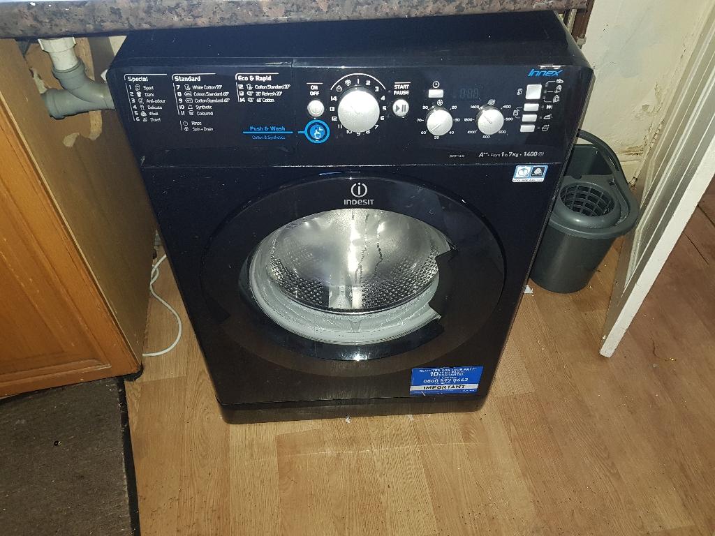 Indesit XWD71452B 7KG 1400 Spin Washing Machine