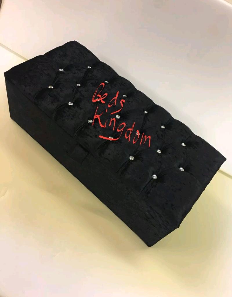OTTOMAN STORAGE BOX CRUSHED VELVET