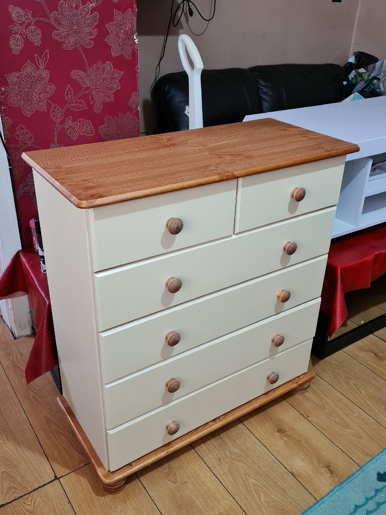 New cream course drawer £100