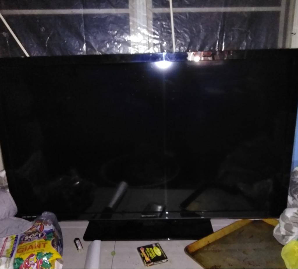 Emerson 50 inch flat screen