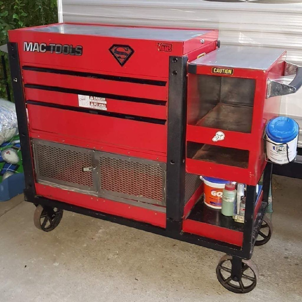 BIG HEAVEY ROLLING MAC TOOL CHEST
