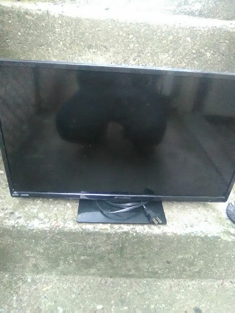 Flat screen tv with dvd