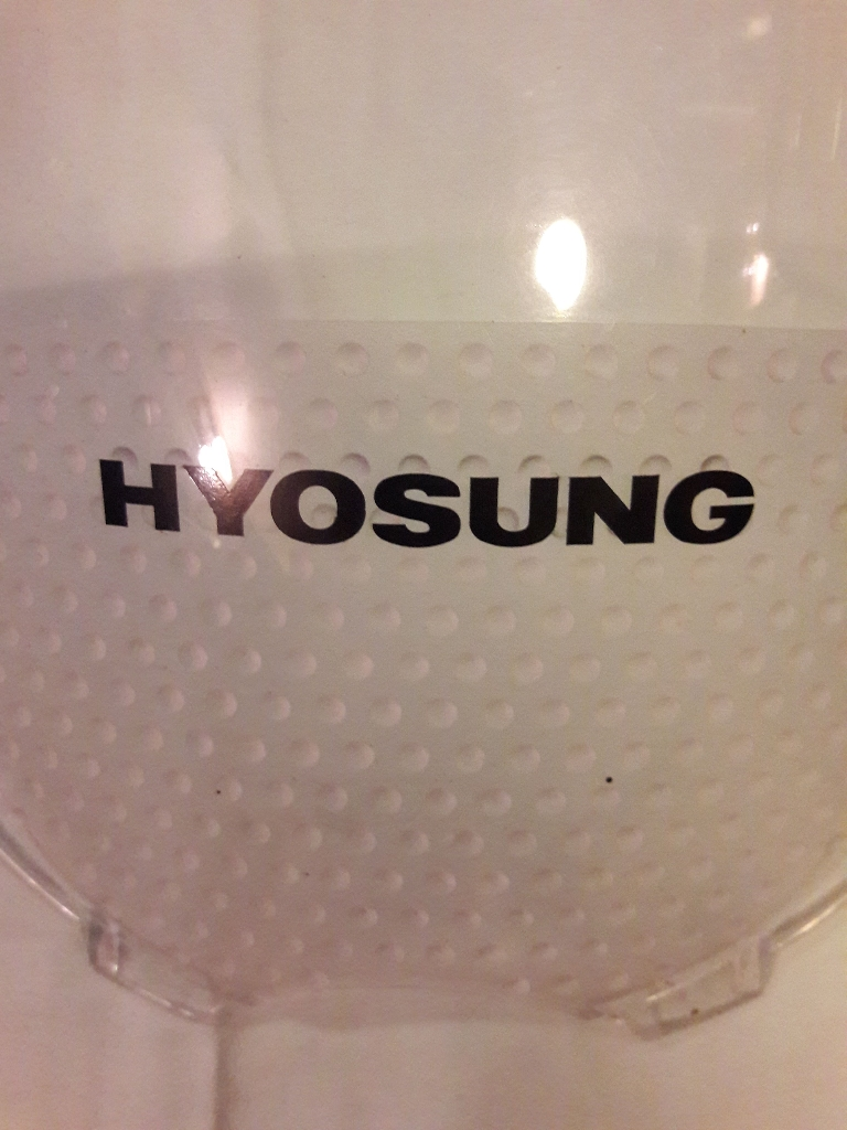 Hyosung 125/ 650 front screen