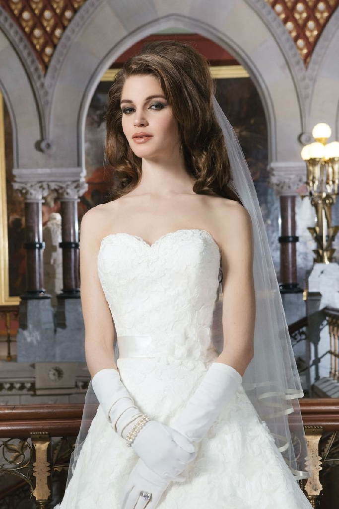Justine Alexander Wedding Dress