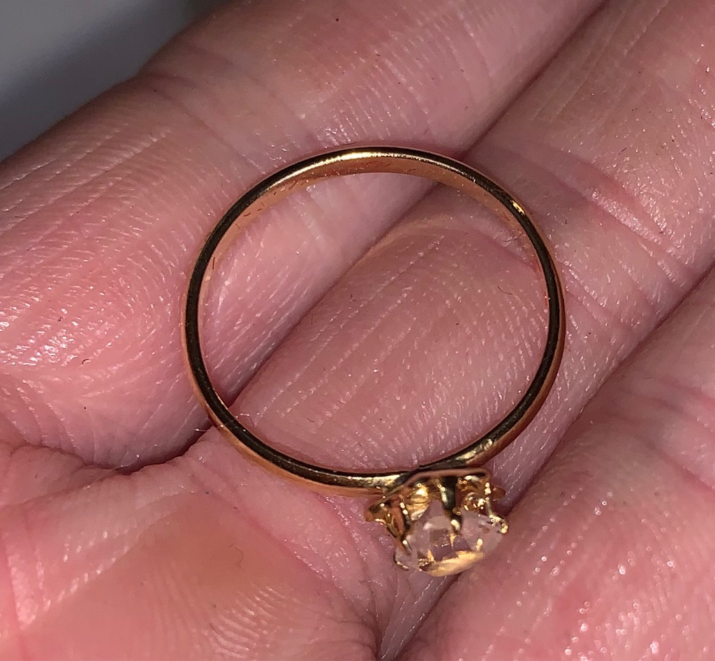 Vintage Glass Ring Size 6.5