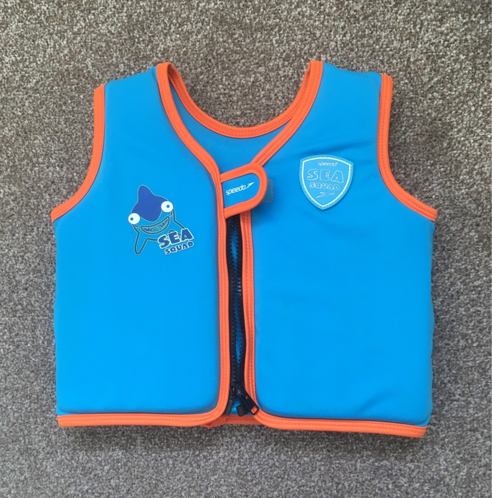 SWIM VEST By SPEEDO