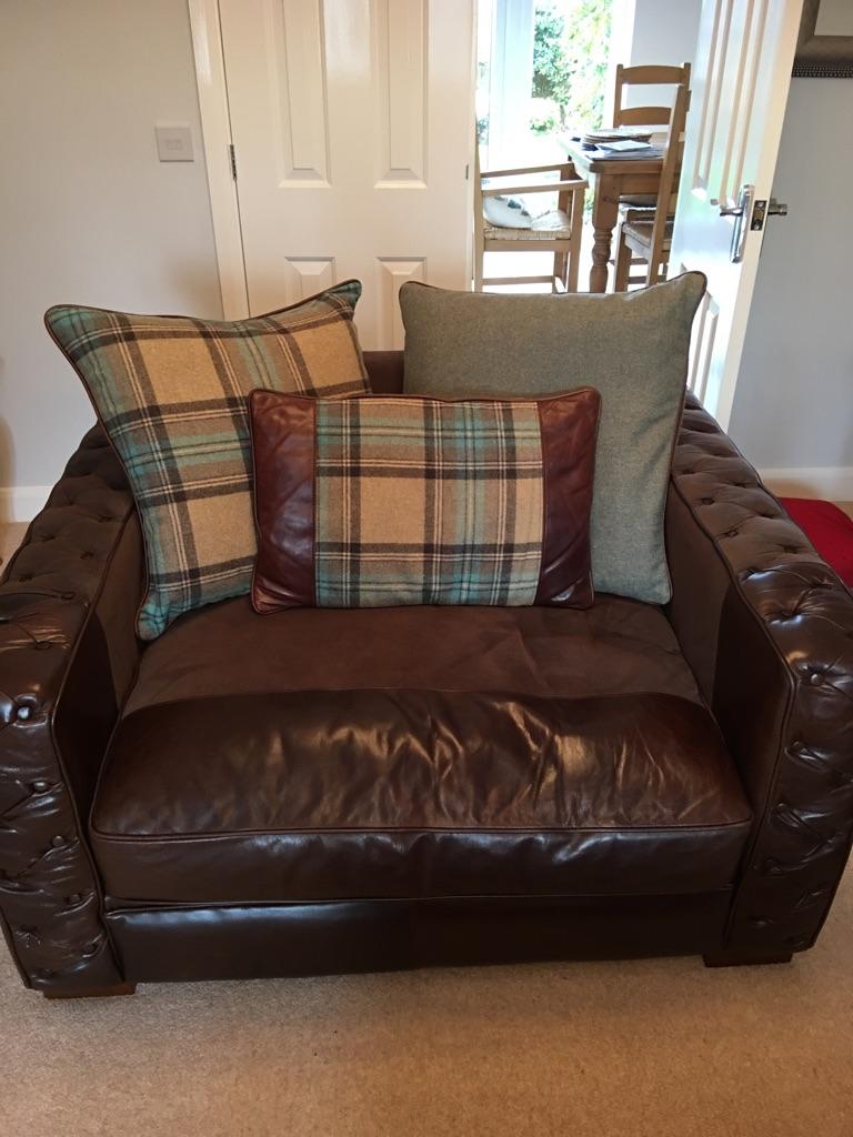 MultiYork sofa & Snuggle Chair