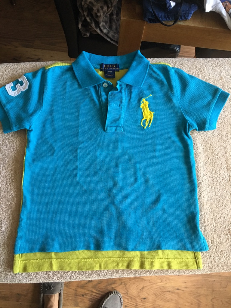Toddlers tops aged 2