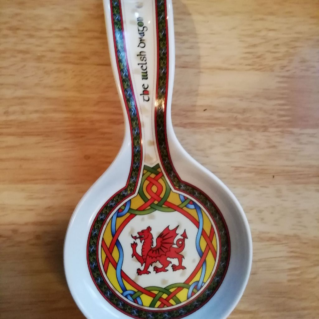 Welsh dragon Ceramic spoon rest