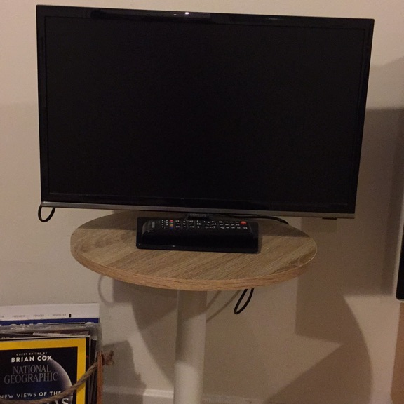 "Samsung Series 5 UE22H5000AK 22"" 1080p HD LED Television 22 inch tv"