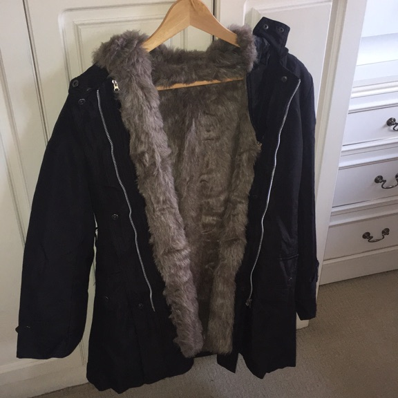 Coat/ raincoat