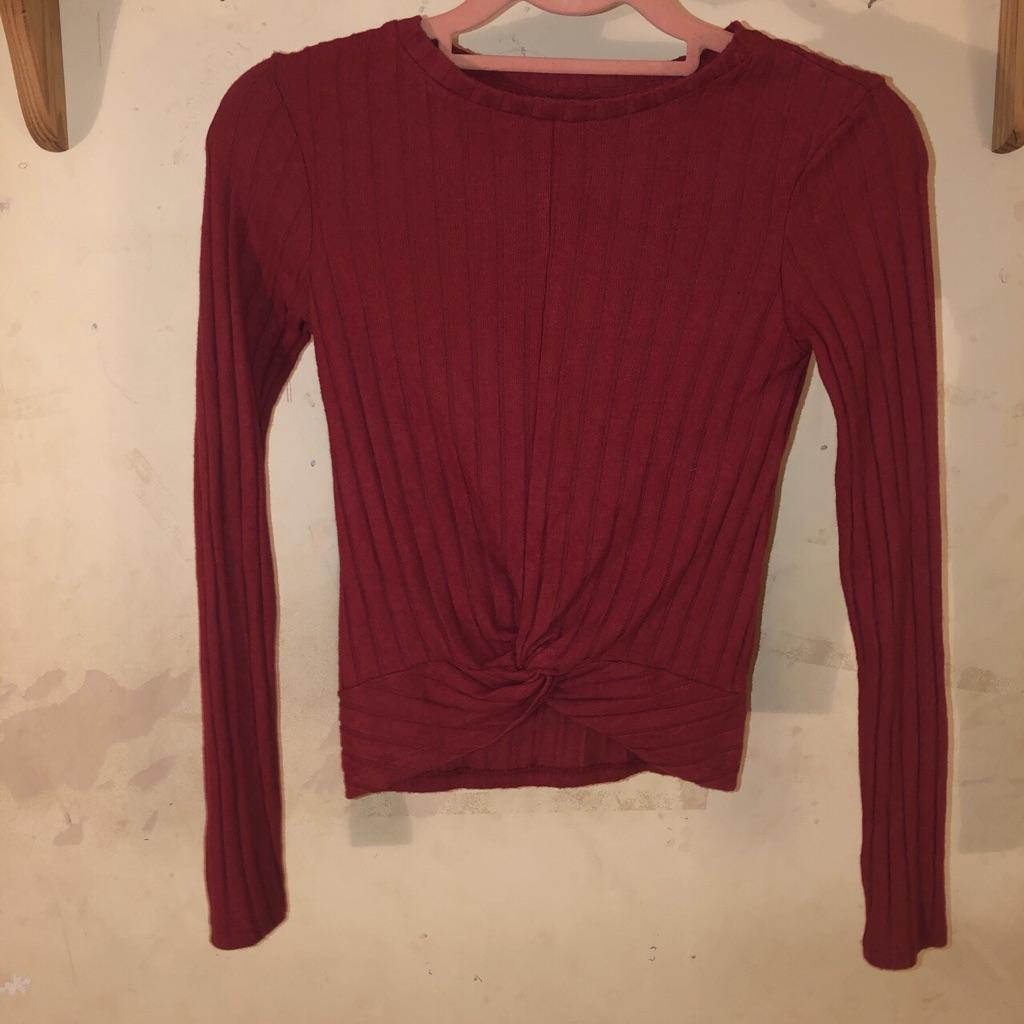 Primark burgundy cropped top