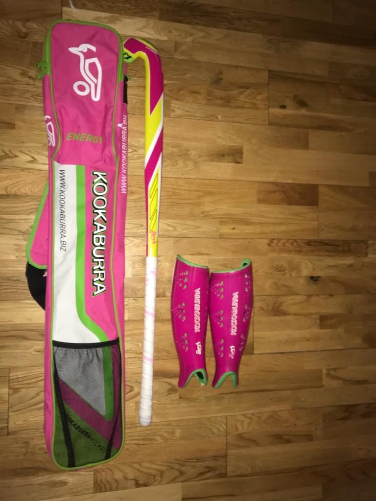 Kookaburra hockey stick/bag/shin guards
