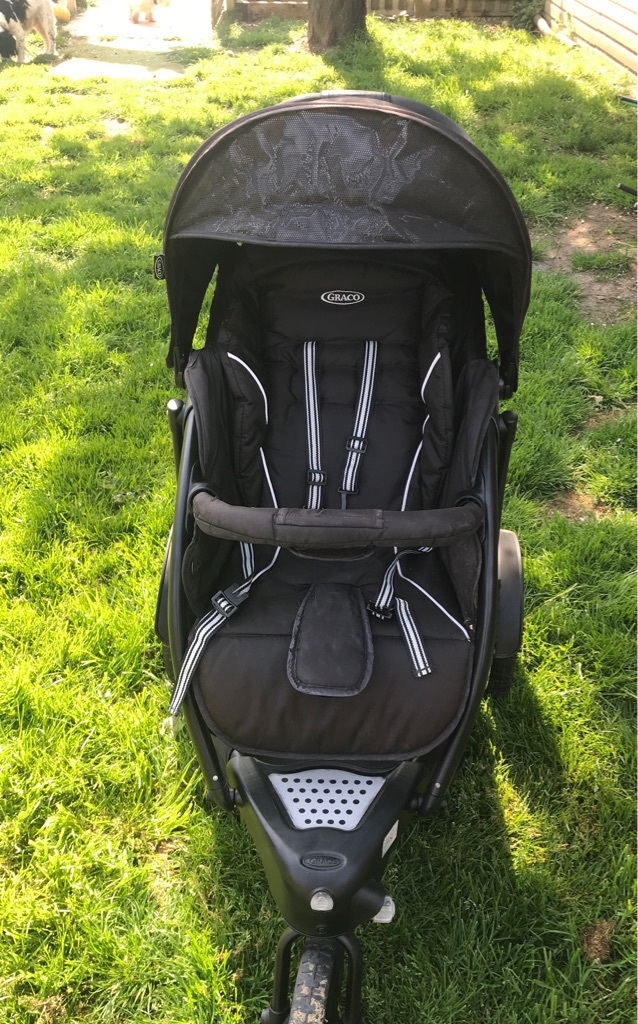 Graco 3 wheeled Double Buggy