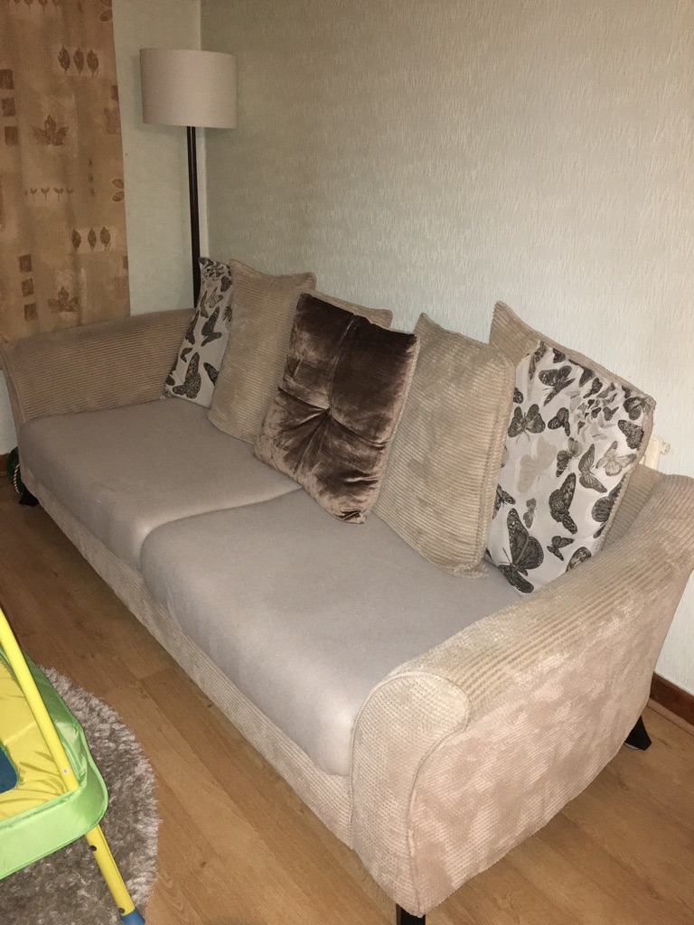 Dfs escape sofa