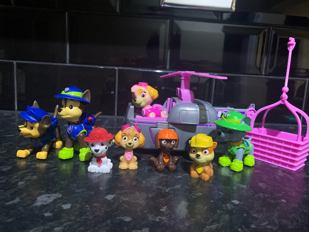 Paw patrol figures and car and pillow