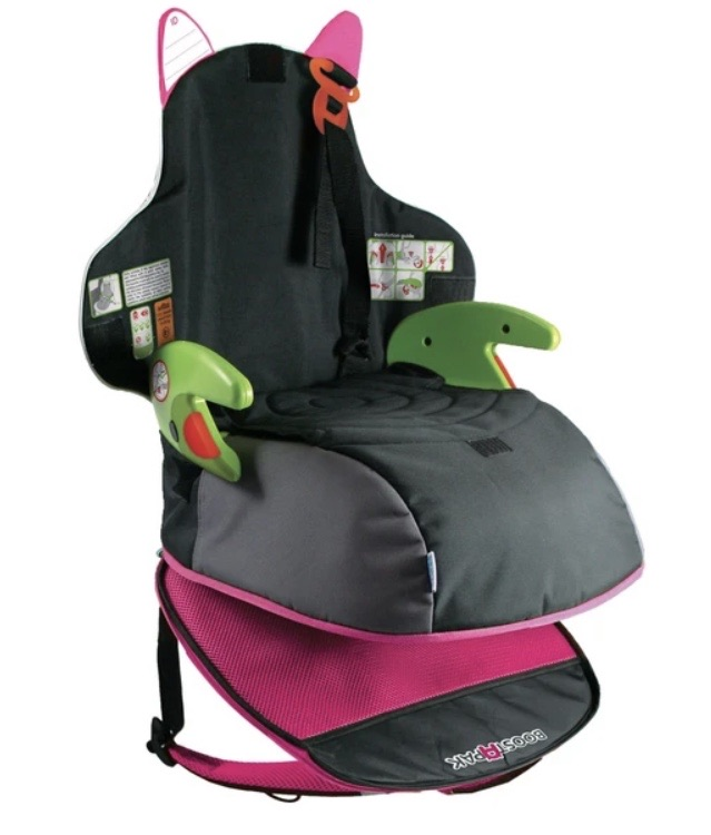 Baby carseat 10% off using my code below ⬇️