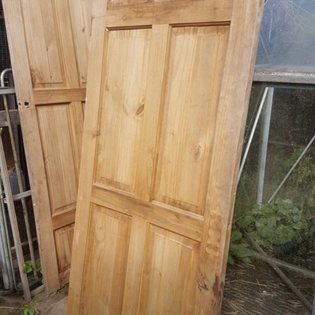 Wanted free cheap doors light weight pay £5 delivered
