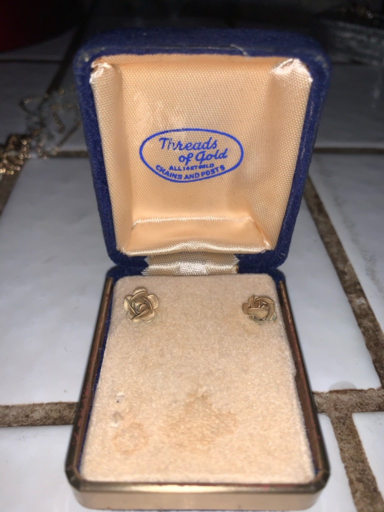 1940's Vintage Rose Earrings