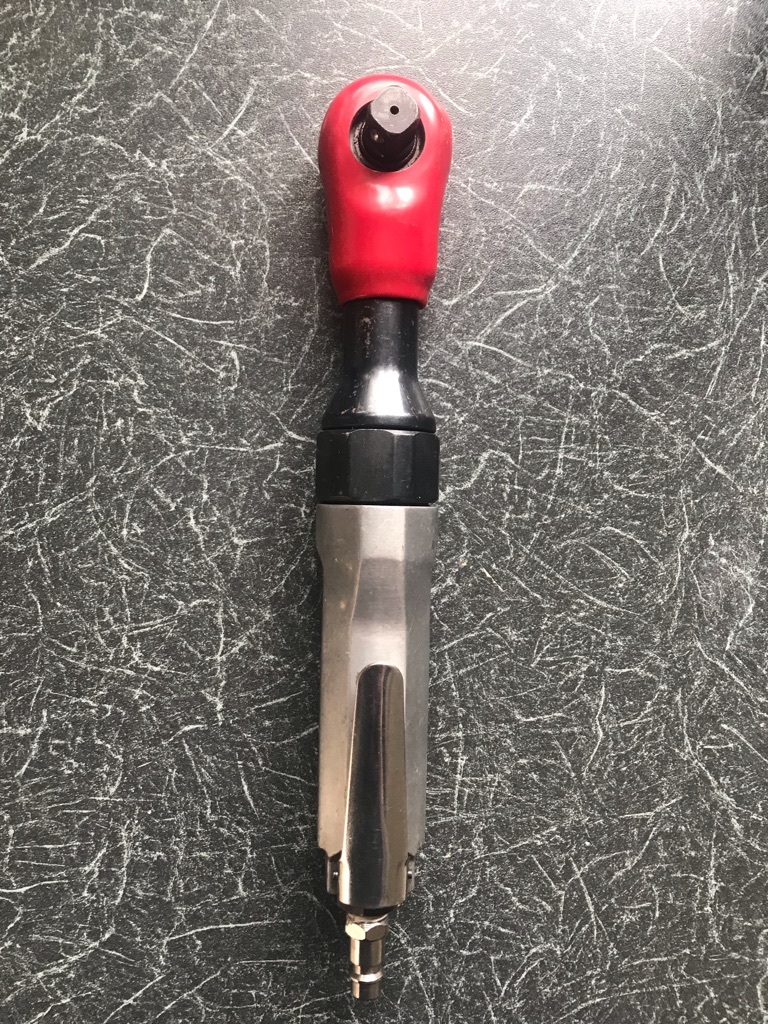 Half inch air ratchet