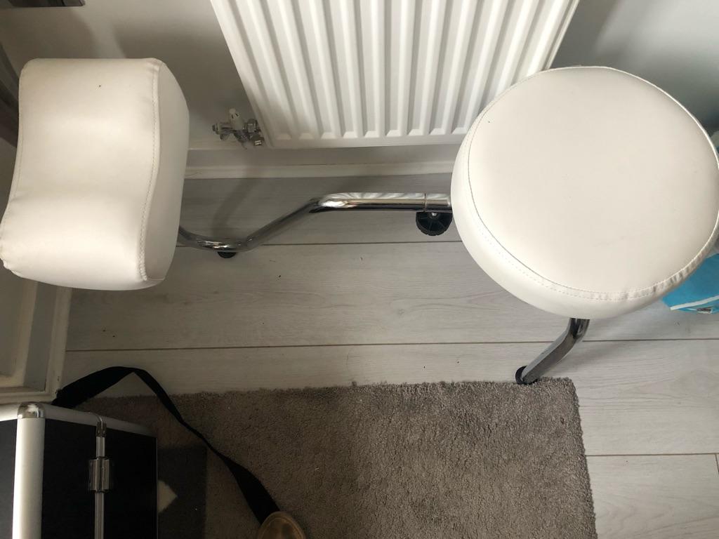 Pedicure seat