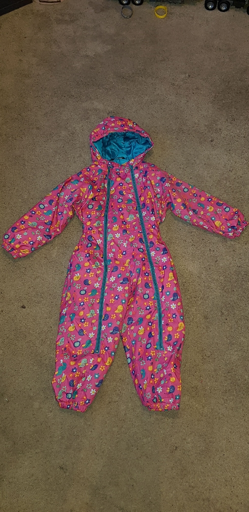 cold/Frost/Snow Suit aged 3 to 4yrs