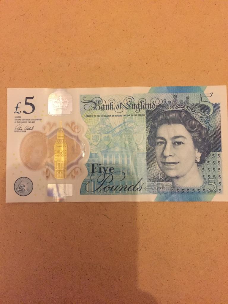 5 pound note AK47. 252583