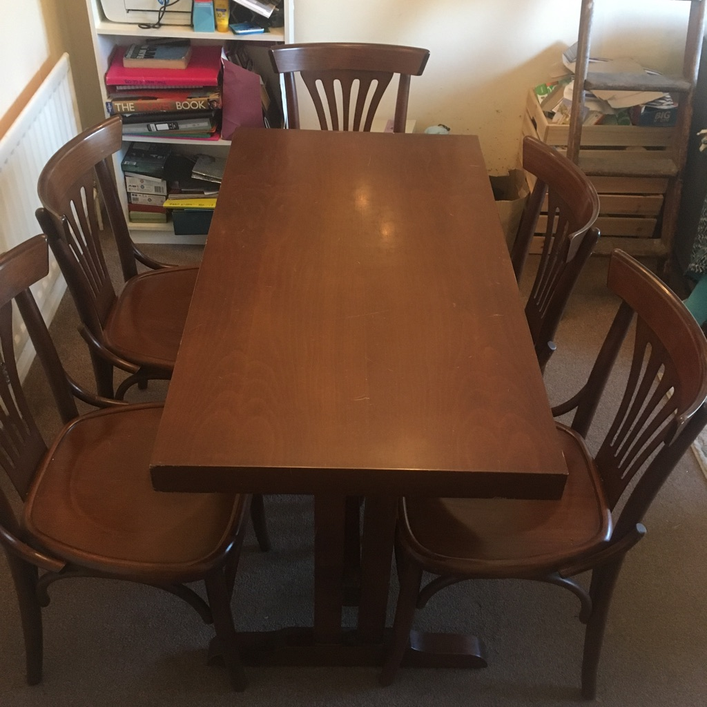 Table and 6 x matching chairs