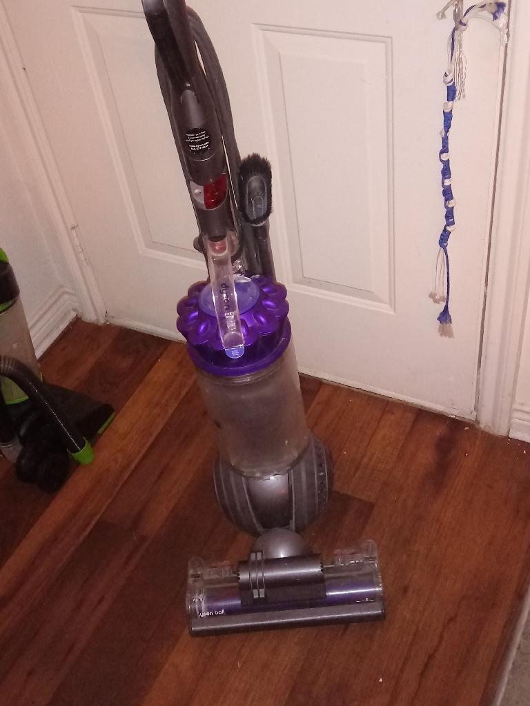 Dyson vacuum cleaner $60